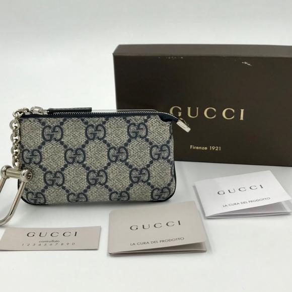 cfccccc7884 Gucci Accessories - Authentic GUCCI GG Supreme Key Pouch